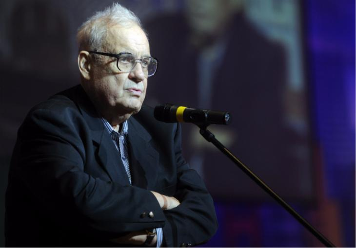 Режиссер Эльдар Рязанов скончался в Москве на 89-м году жизни